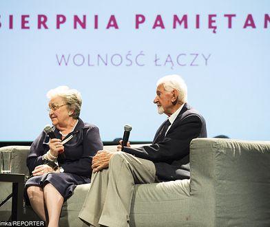 Pod prośbą o wsparcie podpisali się prezes Światowego Związku Żołnierzy Armii Krajowej Leszek Żukowski i wiceprezes Hanna Stadnik