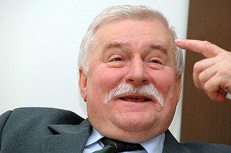 L. Wałęsa: muszę gdzieś zarobić, zarabiam na bogatych