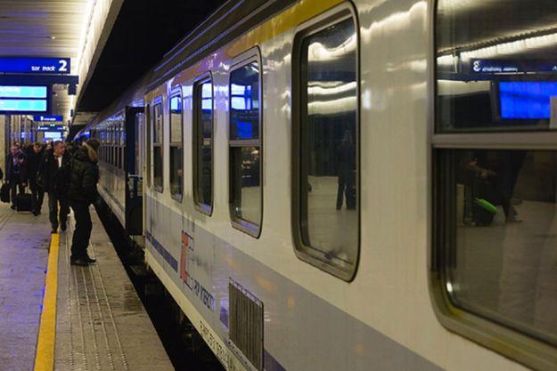 Opóźnienia na kolei z powodu awarii na skutek silnego mrozu