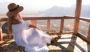 Biała sukienka na lato 2020