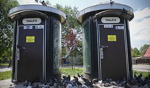 Co dalej z toaletami w centrum Krakowa? Turyści skarżą się na brak szaletów