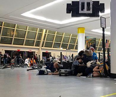 Sytuacja nadzwyczajna na lotnisku JFK w Nowym Jorku. Przeprowadzono ewakuację