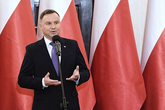 Prezydent Andrzej Duda wręczył odznaczenia państwowe. Dwie osoby odznaczone Orderem Orła Białego