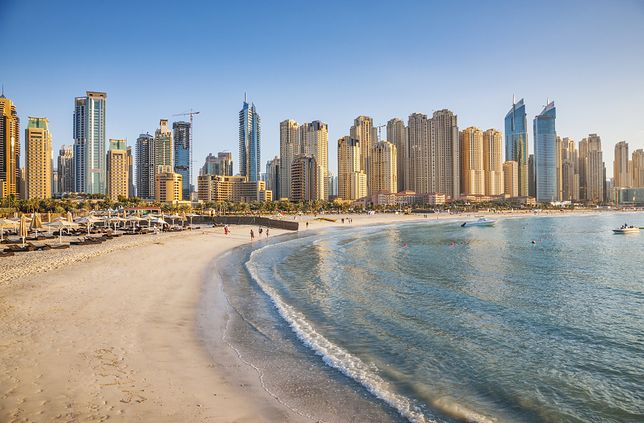 """Działania prowadzone na rzecz ochrony mieszkańców i turystów mają sprawić, że Dubaj stanie się """"bezpieczną oazą"""""""