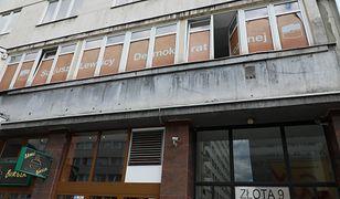 """Warszawa. """"Ślady strzału"""" na szybie biura SLD. Policja bada sprawę"""