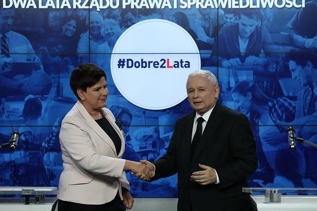 """Kaczyński podziękował Szydło, która, zdaniem prezesa PiS, pracowała """"w trudnych warunkach"""""""