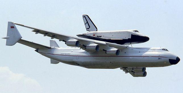 """An-225 """"Mrija"""". To bezapelacyjnie największy samolot na świecie"""