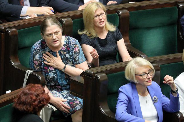 """Krystyna Pawłowicz zawiedziona i rozżalona jak nigdy. Zabrała głos w """"ważnej"""" dla Polaków sprawie"""