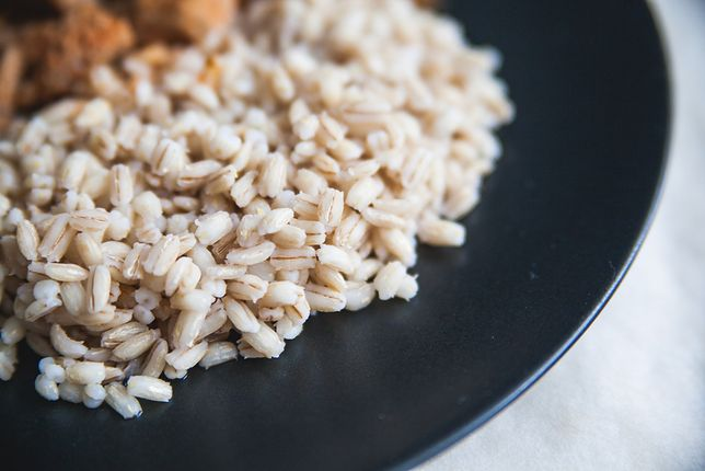 Kasza jęczmienna to smaczny dodatek, który doskonale dopełni niejedno danie