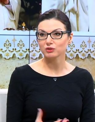 Eliza Michalik cieszy się sławą kotroweryjnej dziennikarki o ciętym języku