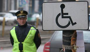 Karty parkingowe dla niepełnosprawnych: stare od końca czerwca tracą ważność