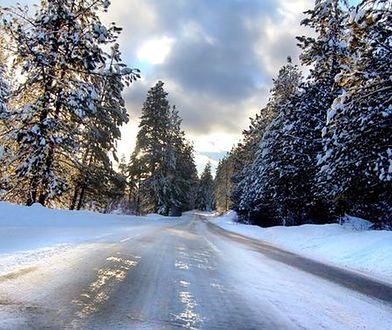 Pamiętaj o okularach podczas jazdy zimą