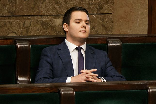 Rzepecki: PiS wycofuje się ze zmian w regulaminie Sejmu