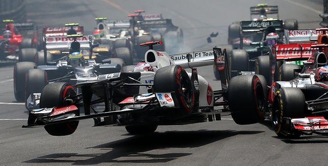 Jak fotografować wyścigi samochodowe - podpowiada Frits van Eldik