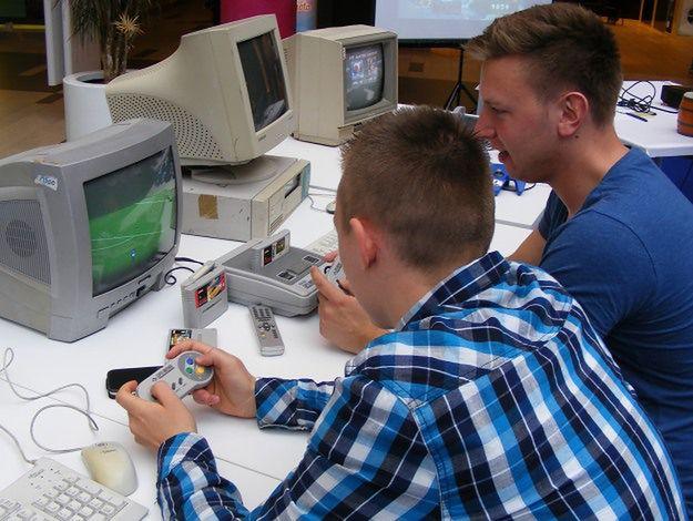 Poznaniacy przypominają sobie gry na Nintendo i Commodore 64
