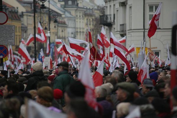 Święto Niepodległości w Warszawie. Utrudnienia w ruchu