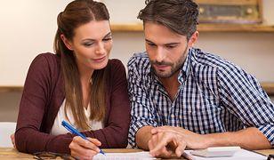 Zatrudnienie pomocy domowej wiąże się z koniecznością złożenia kilku formularzy do Zakładu Ubezpieczeń Społecznych i rozliczania się z Urzędem Skarbowym
