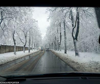Na drogach i i chodnikach może być ślisko
