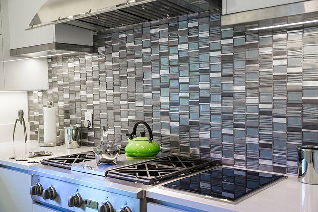Płytki do kuchni na ścianę to niezwykle istotny element designu, dlatego występują w wielu rodzajach wpisujących się w każdy styl wnętrzarski