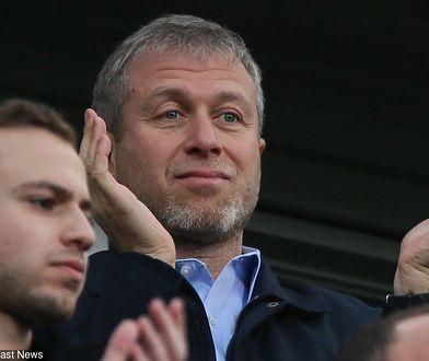 Roman Abramowicz lubi cieszyć się sukcesami swojego klubu piłkarskiego Chelsea F.C.