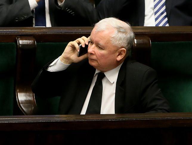 Jarosław Kaczyński zamawia jedzenie w barze od kilku miesięcy