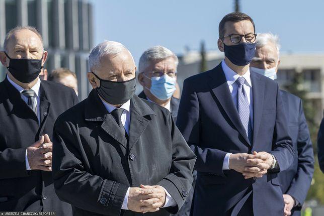 Jarosław Kaczyński i inni politycy PiS