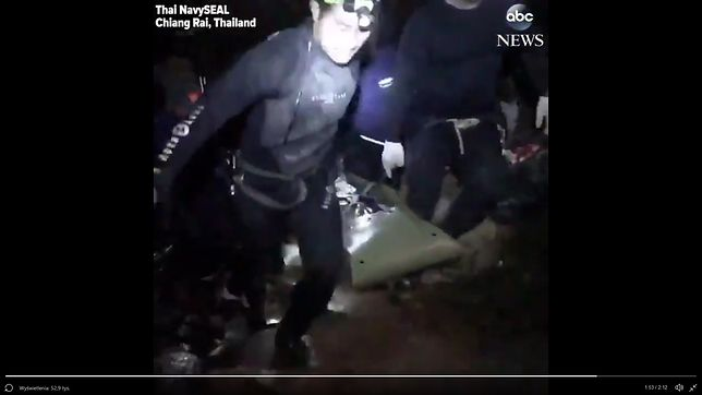 Władze Tajlandii przyznały, że podczas misji ratowniczej podano dzieciom ketaminę