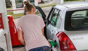 Kobiety często zmagają się z dyskryminacją u mechaników samochodowych