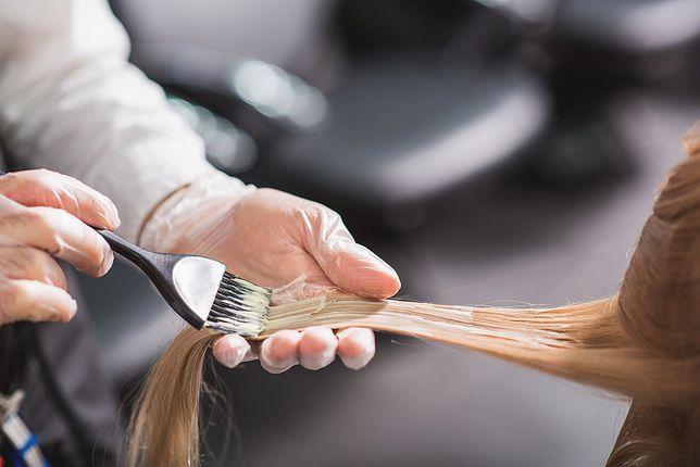 Wydają kilkadziesiąt tysięcy na fryzjera. Naukowcy badają tendencje wśród kobiet