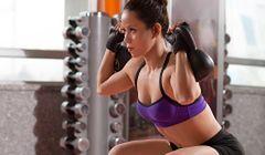 Trening na smukłe ramiona i uda oraz jędrne pośladki