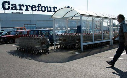 Carrefour otwiera kolejne sklepy