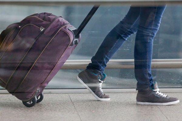 """""""Kanary"""" będą kontrolować ruch w Balicach. Pomogą pasażerom dotrzeć do centrum bez kar"""