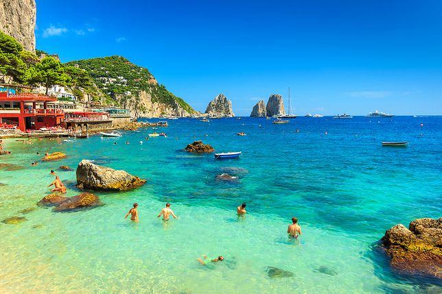 Wybierasz się na Capri? Uważaj, bo możesz wrócić z mandatem