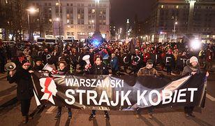 Demonstranci protestują m.in. przeciw przemocy wobec kobiet