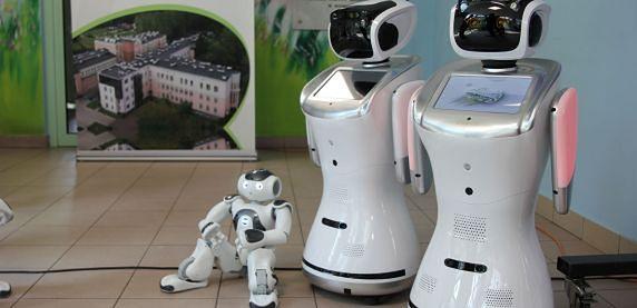 Sosnowiec. W Centrum Pediatrii znalazły zatrudnienie trzy roboty.