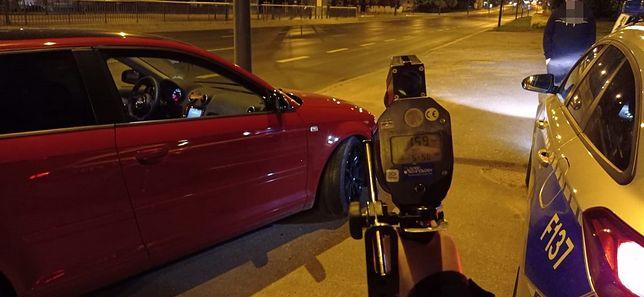 """22-latek pędził po Łodzi blisko 160 km/h. """"Chciał przetestować auto"""""""