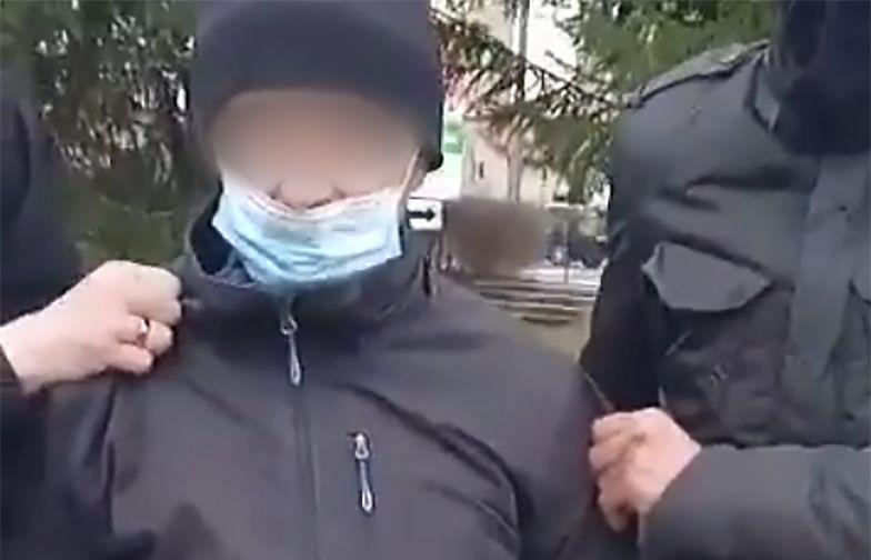 Krosno. Łowcy pedofilów w akcji. Obywatelskie zatrzymanie na stacji PKP