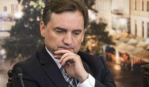 """Zbigniew Ziobro i """"haki"""" na przeciwników. Eksperci o rozgrywce w obozie PiS"""