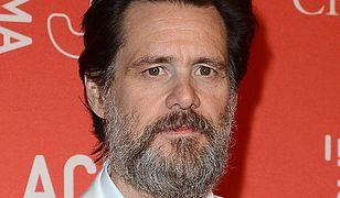 Jim Carrey ostatnio więcej maluje niż występuje przed kamerą