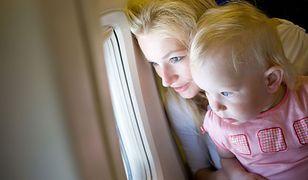 Ryanair oskarża pasażerów: Wykorzystują dzieci, by nie płacić za bagaż