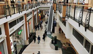 Zaledwie połowa Polaków, którzy odwiedzali galerie handlowe przed pandemią koronawirusa, wróciła do nich pierwszego dnia po otwarciu.