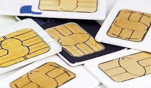 Rejestracja karty SIM. Oszuści wykorzystują ustawę antyterrostyczną, żeby wyłudzać dane osobowe