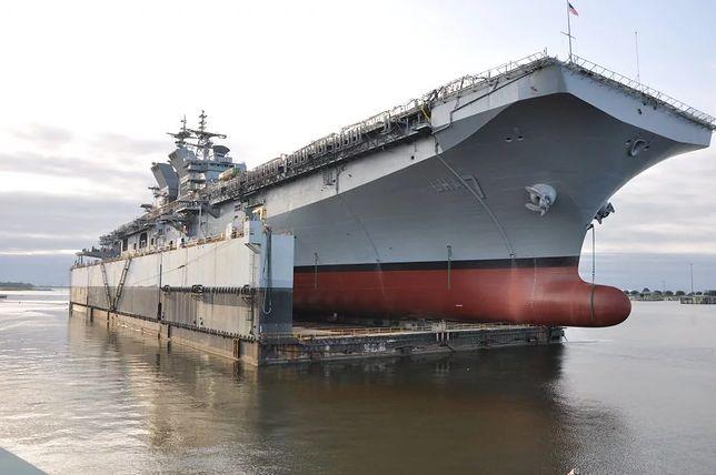 USS Tripoli będzie pierwszym okrętem desantowym zdolnym do transportu F-35