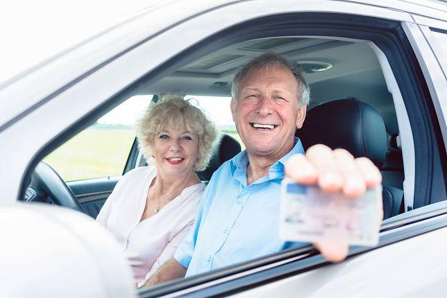 Coraz więcej dojrzałych osób sięga po auta typu crossover