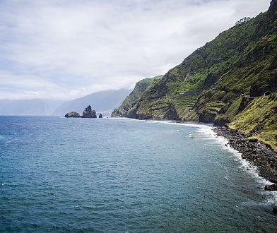 Madera charakteryzuje się klifowym wybrzeżem