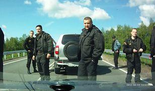 Film powstał z materiałów zarejestrowanych przez rosyjskich kierowców
