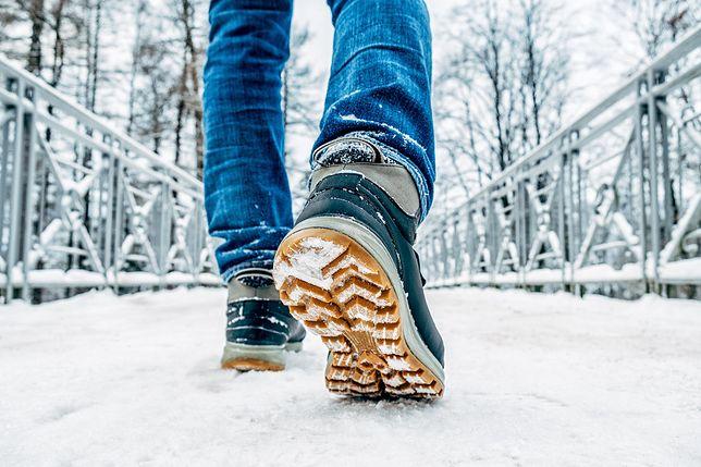 Męskie buty zimowe przede wszystkim powinny być funkcjonalne.