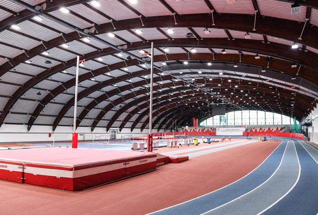 Hala lekkoatletyczna Centalnego Ośrodka Sportu w Spale (fot. Paweł Skraba)