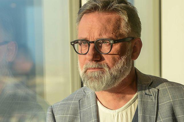 """Andrzej Saramonowicz wyznaje: """"Byłem molestowany przez księdza"""""""