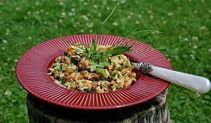 Ryż z duszonym indykiem w warzywach o nucie słodko ostrej 60